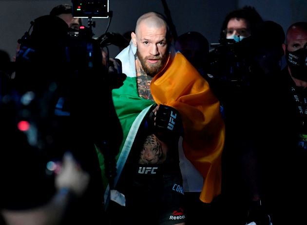 Conor McGregor says he wants to buy Manchester United, what is his net worth? - Bóng Đá