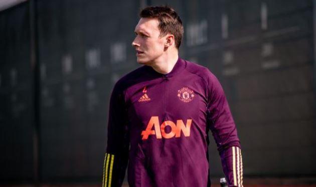 Man Utd biến Phil Jones trở thành 'vật bất di bất dịch' - Bóng Đá