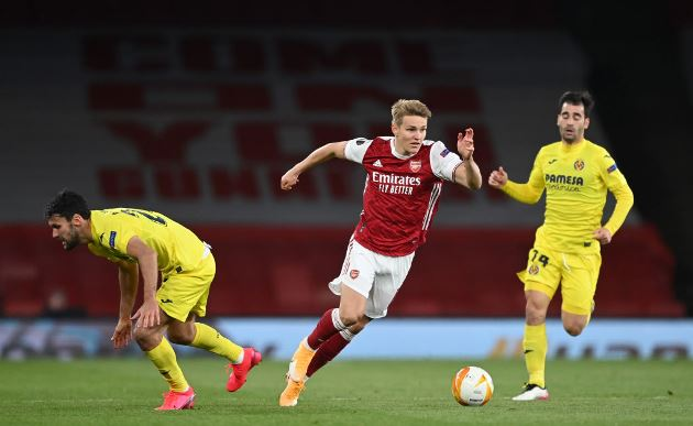 Lee Dixon calls out one Arsenal player for walking during Europa League exit - Bóng Đá