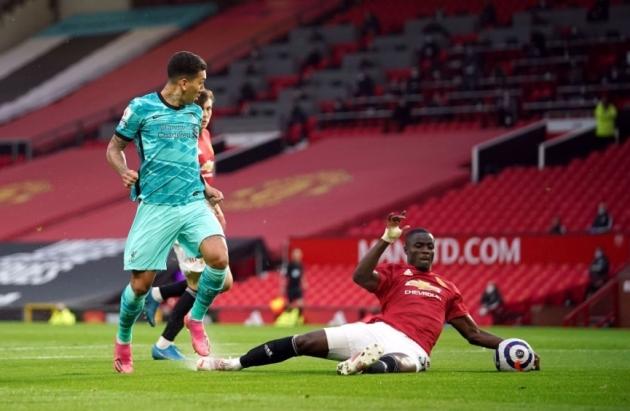 TRỰC TIẾP Man Utd 1-0 Liverpool (H1): Phản lưới - Bóng Đá