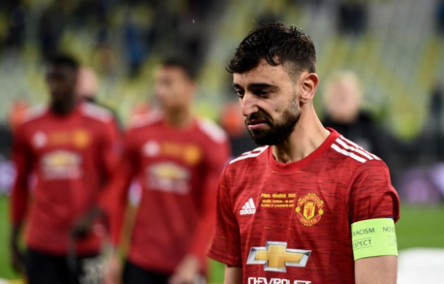 Bruno Fernandes looked tired and 'nervous' in Manchester United's Europa League final defeat to Villarreal, says Arsene Wenger - Bóng Đá