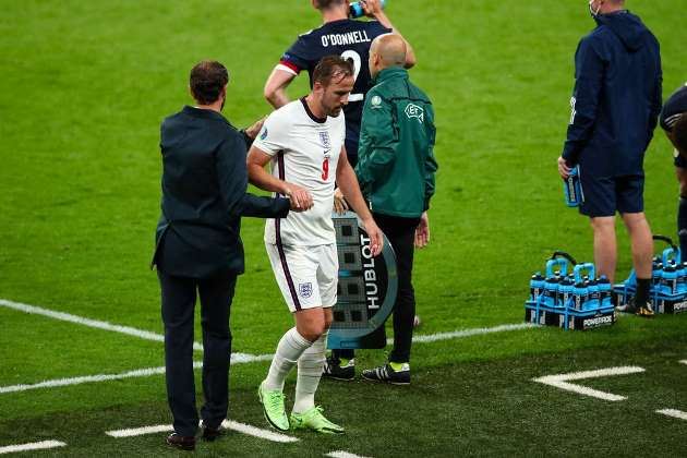 Harry Kane: Gareth Southgate wanted more 'energy' when he substituted England captain against Scotland - Bóng Đá