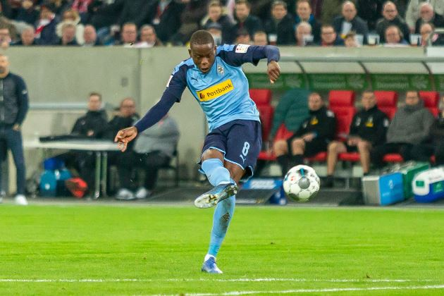 Arsenal has been linked with a move for Borussia Monchengladbach's Denis Zakaria. - Bóng Đá