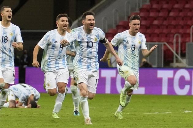 5 điểm nhấn Argentina 1-0 Brazil: El Clasico bạo lực, lần đầu cho Messi - Bóng Đá