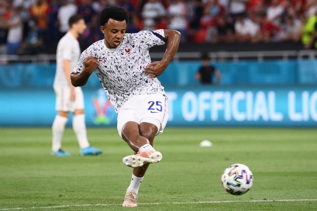 BID Chelsea offer £25m plus Kurt Zouma for 'excellent' Jules Kounde as Sevilla defender is described as 'perfect fit' for Blues - Bóng Đá