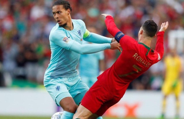 Graeme Souness says Cristiano Ronaldo will struggle against likes of Liverpool's Virgil van Dijk - Bóng Đá