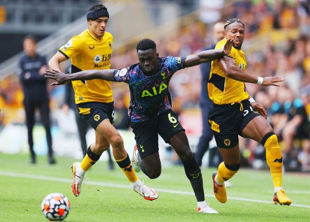'I CAN'T GIVE A CASE': MERSON SAYS TOTTENHAM 25-YEAR-OLD BETTER THAN ARSENAL'S GABRIEL - Bóng Đá