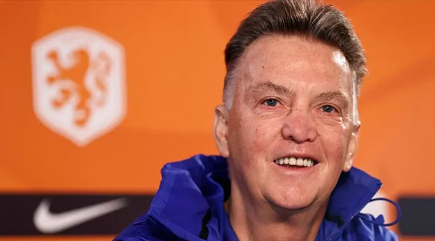 Van Gaal: When things go badly at Barcelona, they blame the foreigners - Bóng Đá