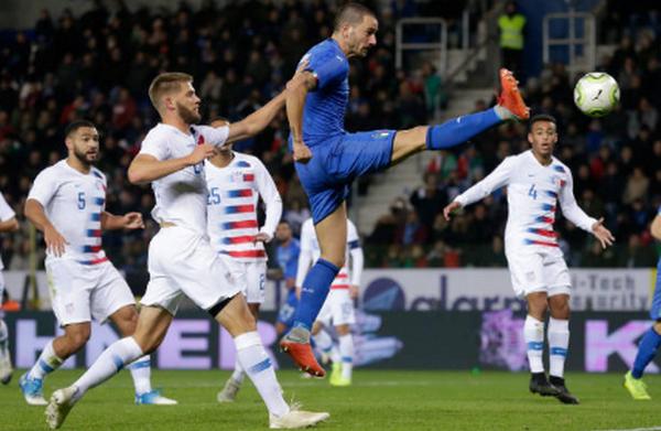 'Tiki-taka' phút bù giờ, Italia nghẹt thở đánh bại Mỹ - Bóng Đá