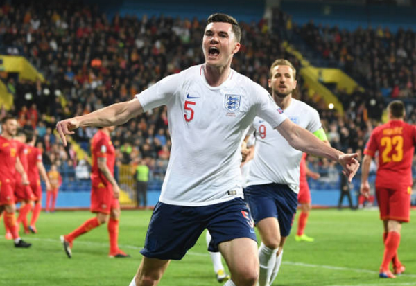 Chấp đối thủ đến 2 trận, tuyển Anh vẫn đang làm được điều khó tin - Bóng Đá
