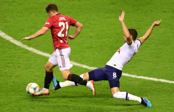 Nhận định Man Utd vs AC Milan: Thắng hai bàn cách biệt, Quỷ đỏ 'cay đắng' mất cúp vô địch? - Bóng Đá
