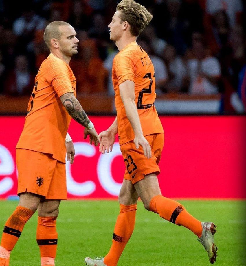 Memphis Depay lập cú đúp trong ngày Sneijder từ giã Hà Lan - Bóng Đá