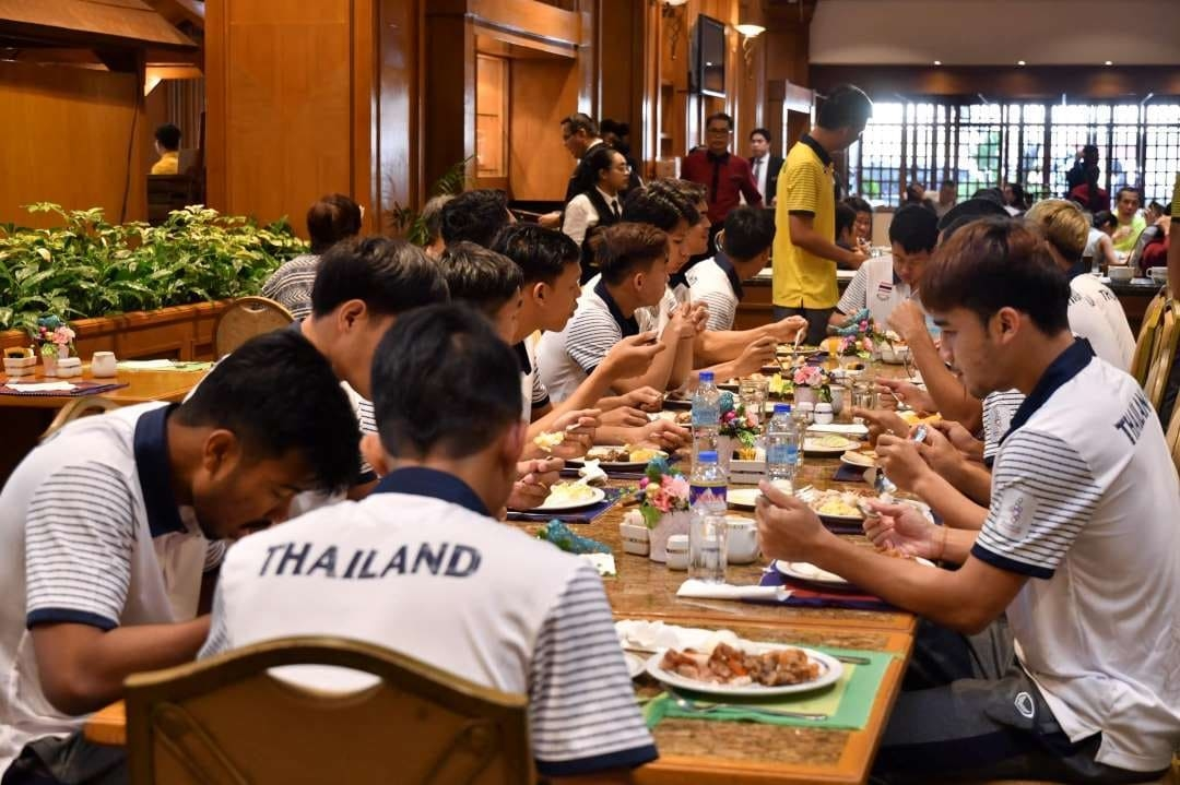 President of the association ordered to add Thai food For the elephants in the SEA Games - Bóng Đá