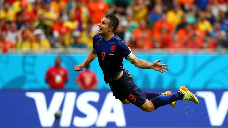 Van Persie hồi tưởng khoảnh khắc 'Hà Lan bay' tại World Cup 2014 - Bóng Đá