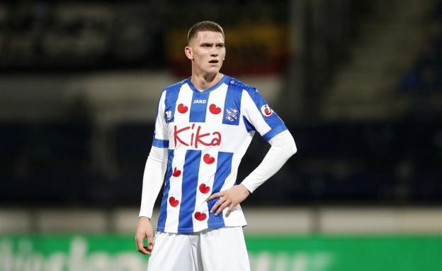 Ajax tie down Botman - Bóng Đá