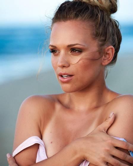Kira Winona - Người mẫu xinh đẹp 'đổ' sao Ajax chỉ sau 1 tin nhắn - Bóng Đá