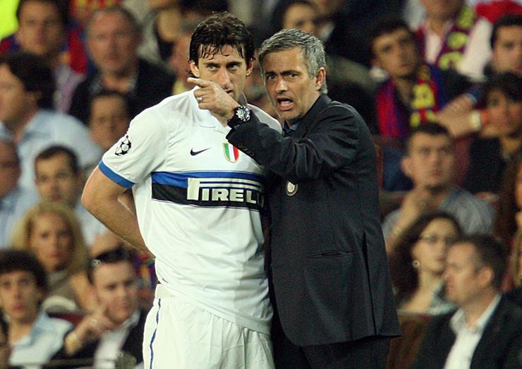 Milito: 'Mourinho one of the best coaches ever' - Bóng Đá