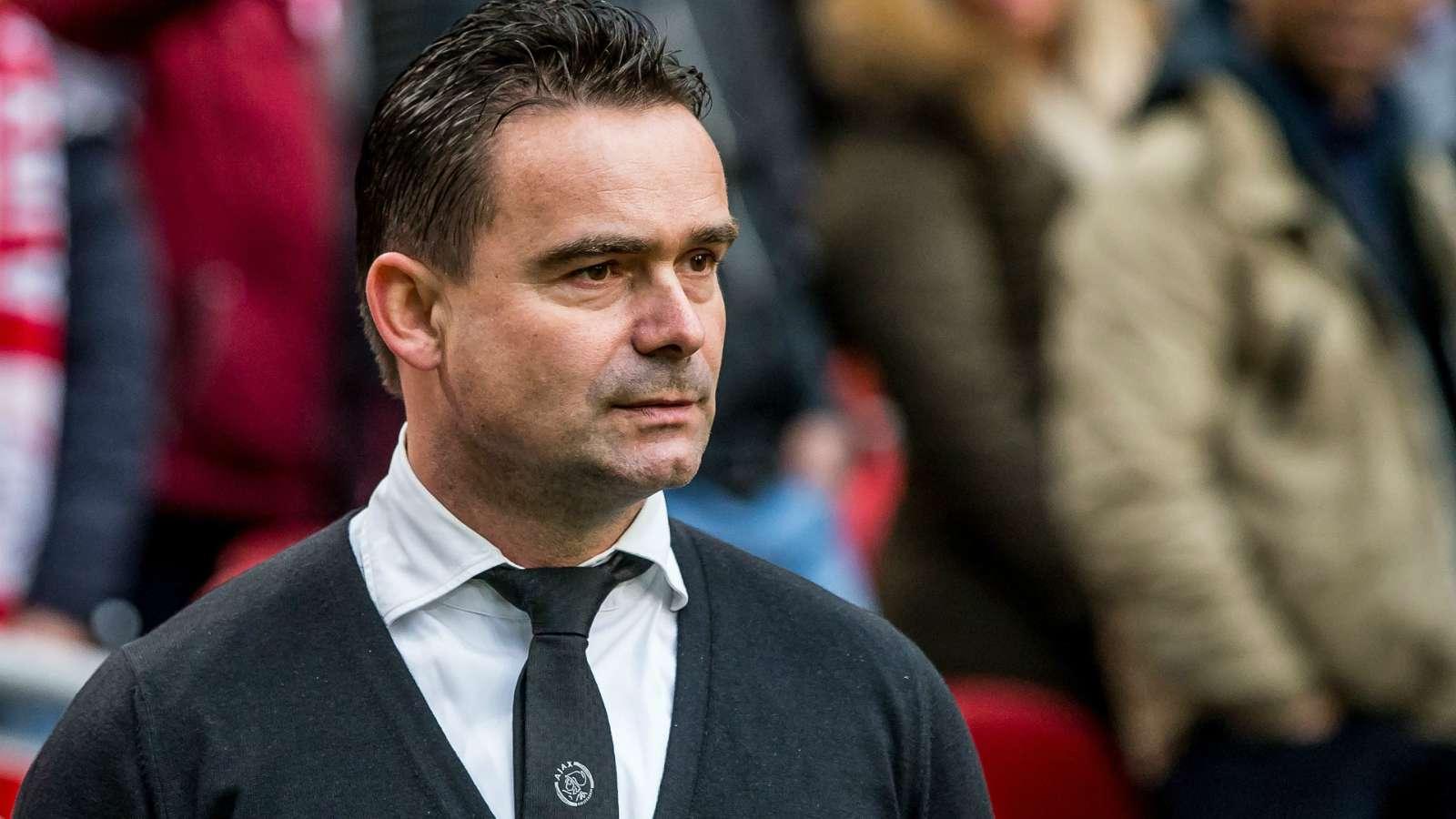 'They are like Trump!' - Ajax director Overmars slams Dutch FA over coronavirus plan - Bóng Đá