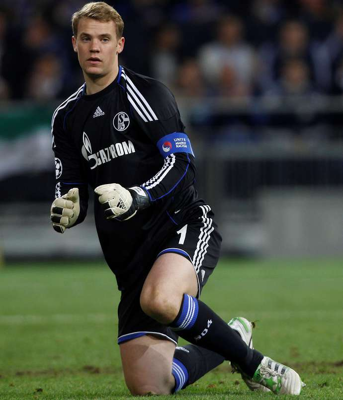 Schalke 04's dream XI if they never sold their best players, featuring Ozil and Neuer - Bóng Đá
