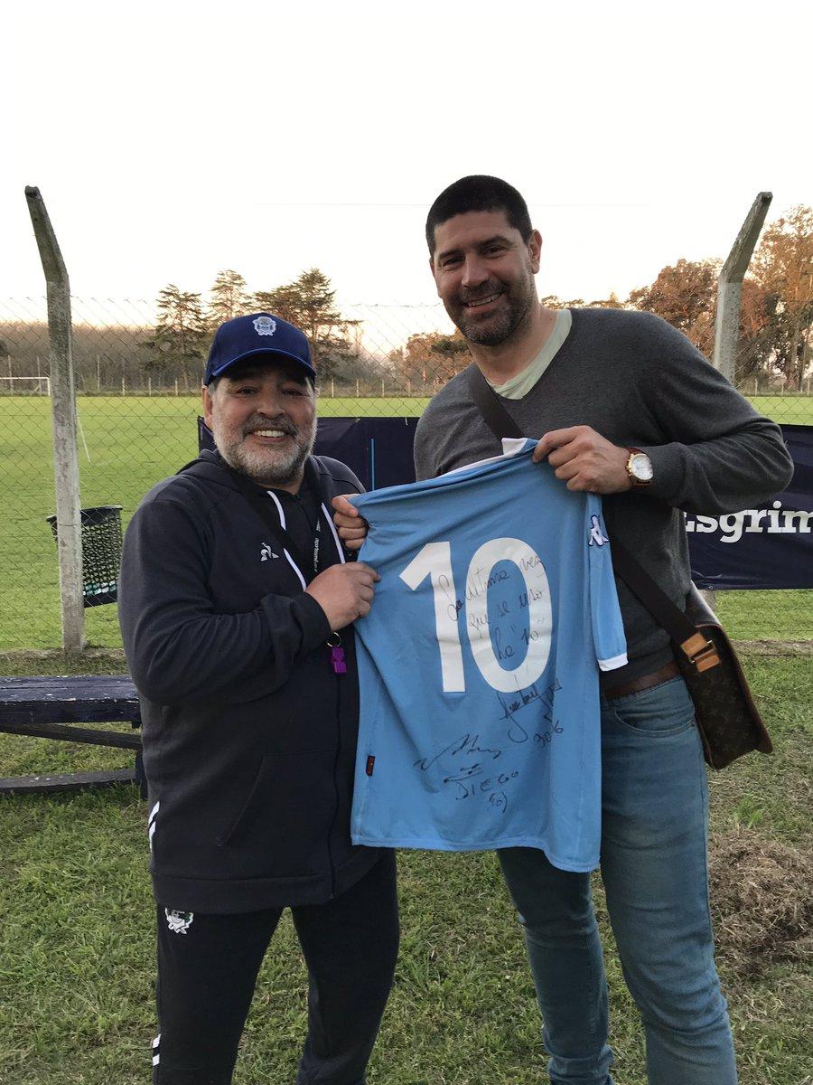 Đội hình cầu thủ Argentina xuất sắc nhất của Napoli: Maradona trên hàng công, Higuain vắng mặt - Bóng Đá