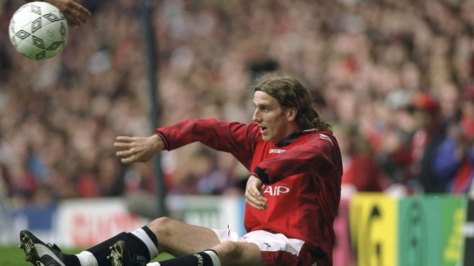 'Beckham impossible to oust from Man Utd team' as Euro 96 icon Poborsky reflects on Old Trafford career - Bóng Đá