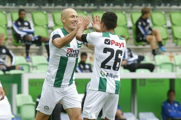 Robben ghi bàn trở lại - Bóng Đá