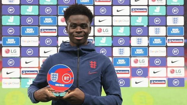 'Thần đồng' Arsenal xuất sắc giành MOTM ở lần thứ 2 ra sân cho tuyển Anh - Bóng Đá