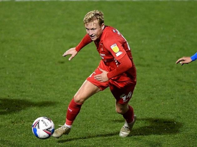 Mark Wright lives football dream with FA Cup triumph in Crawley's thrashing of Leeds - Bóng Đá