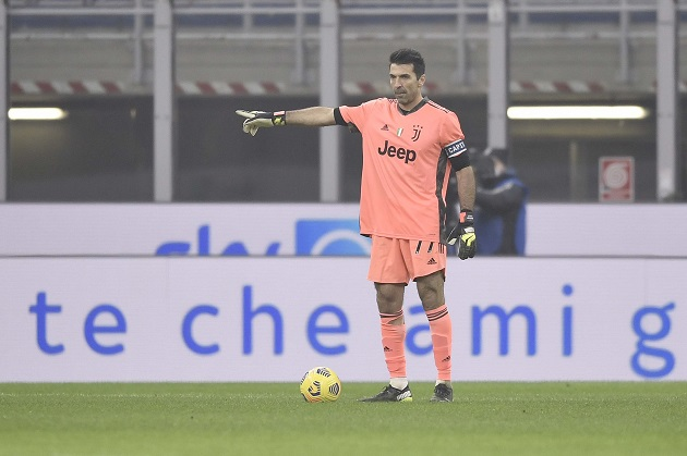 Gianluigi Buffon continues to make history with Juventus in Turin - Bóng Đá