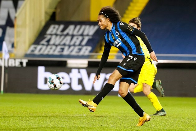 Watch: Man Utd loanee Tahith Chong scores delightful chip on Brugge debut - Bóng Đá