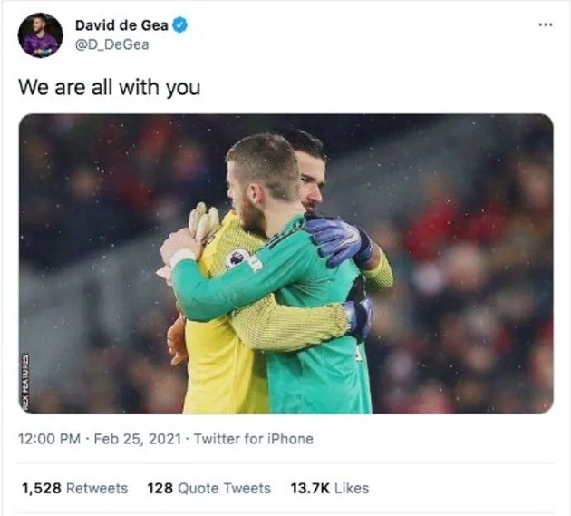 Alisson: Liverpool star receives message from De Gea after father's death - Bóng Đá
