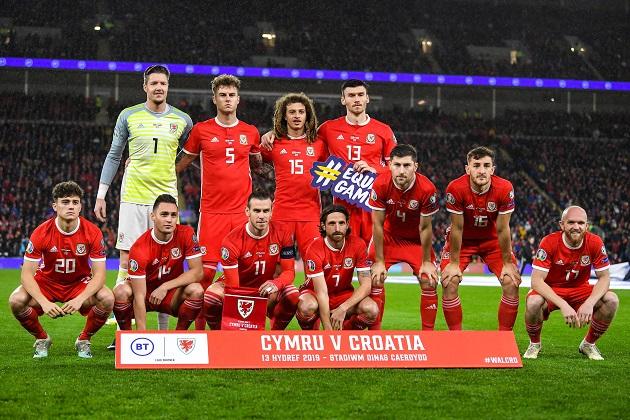 Tại sao xứ Wales luôn xếp những đội hình kỳ lạ? - Bóng Đá