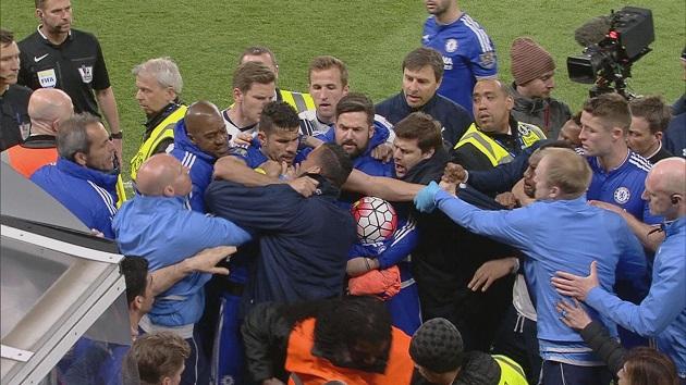 Chelsea legends like John Terry love trolling Tottenham as Blues  - Bóng Đá