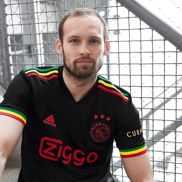 Áo đấu Ajax - Bóng Đá