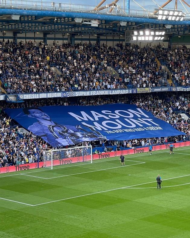 Chelsea legend Didier Drogba sends four-word message to Mason Mount after Stamford Bridge moment - Bóng Đá