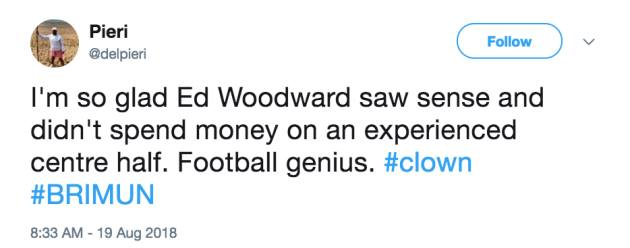 Sau Mourinho, đến lượt Ed Woodward bị CĐV Man Utd 'tổng sỉ vả' - Bóng Đá