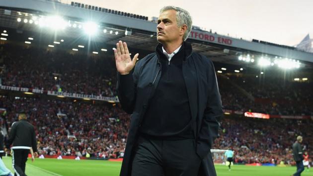 Man Utd CHÍNH THỨC đưa ra quyết định về Mourinho và Zidane - Bóng Đá