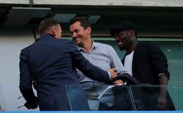 Vì sao cựu trợ lý số 1 của Mourinho có mặt ở Stamford Bridge? - Bóng Đá