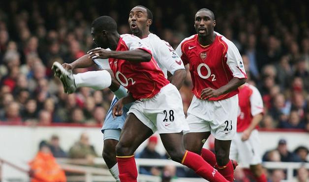 Arsenal được gì và mất gì nếu chiêu mộ Eric Bailly? - Bóng Đá