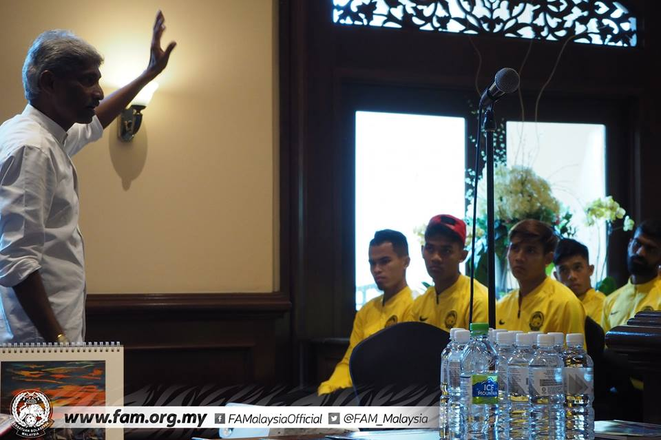 Nóng! BHL Malaysia tổ chức cuộc họp, xuất hiện