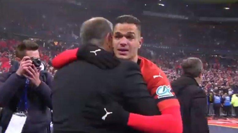 Trả thù PSG thành công, sao Rennes khóc như đứa trẻ - Bóng Đá