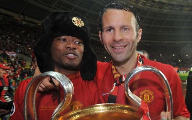 CHOÁNG! Dùng liệu pháp đặc biệt, Sir Alex giúp Man Utd hạ Chelsea tại CK Champions League - Bóng Đá