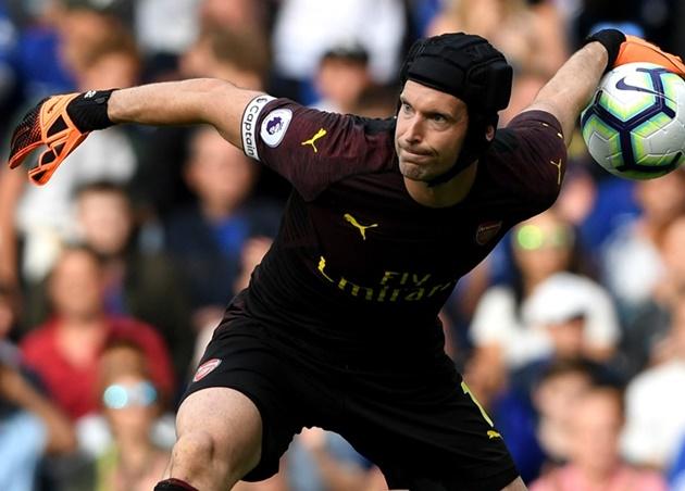 Huyền thoại Arsenal yêu cầu Emery loại ngay cựu sao Chelsea - Bóng Đá