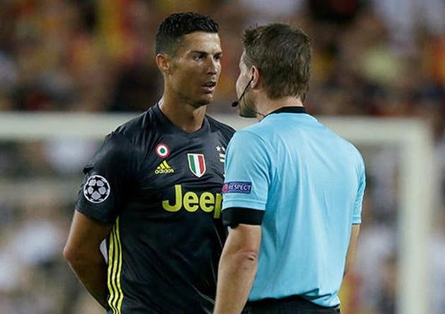 Ronaldo có thể bị phạt đến 3 trận - Bóng Đá
