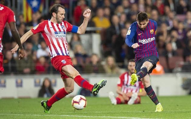 Lo tương lai MU, Solskjaer dự khán và tận mắt chứng kiến phong độ hủy diệt của Messi - Bóng Đá