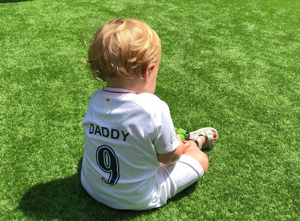 Harry Kane có thể bỏ World Cup vì vợ sinh - Bóng Đá
