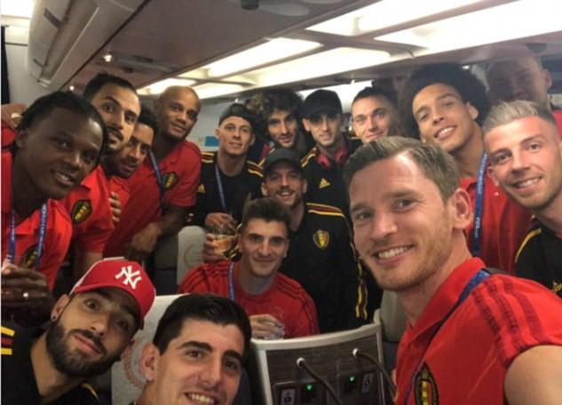 ĐT Bỉ bay đến Saint Petersburg sau thắng lợi trước tuyển Anh - Bóng Đá