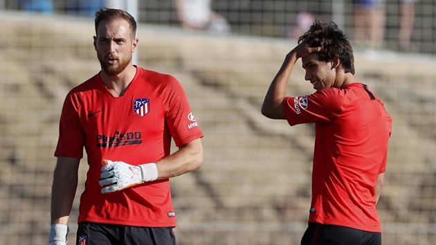 Oblak: Joao Felix is a talent and he will improve even more under Simeone - Bóng Đá