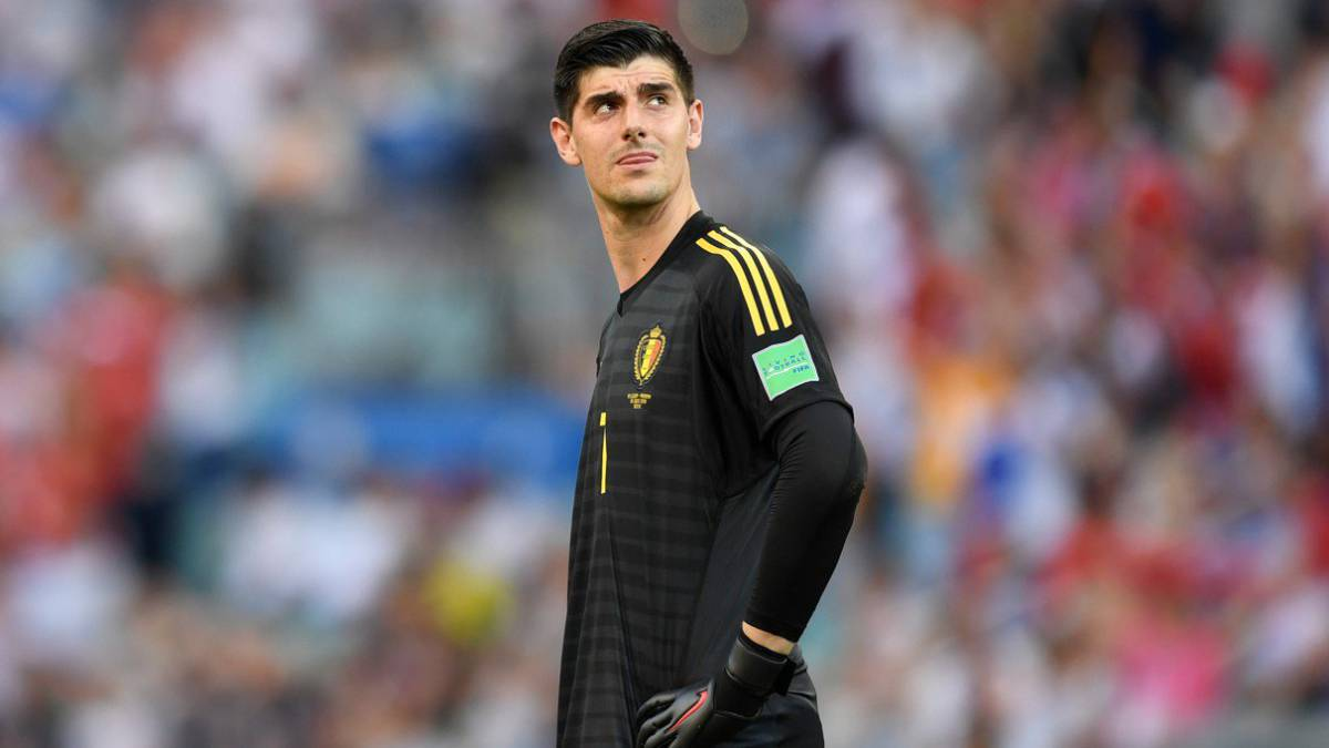 Roberto Martínez says Courtois doesn't have an anxiety problem - Bóng Đá