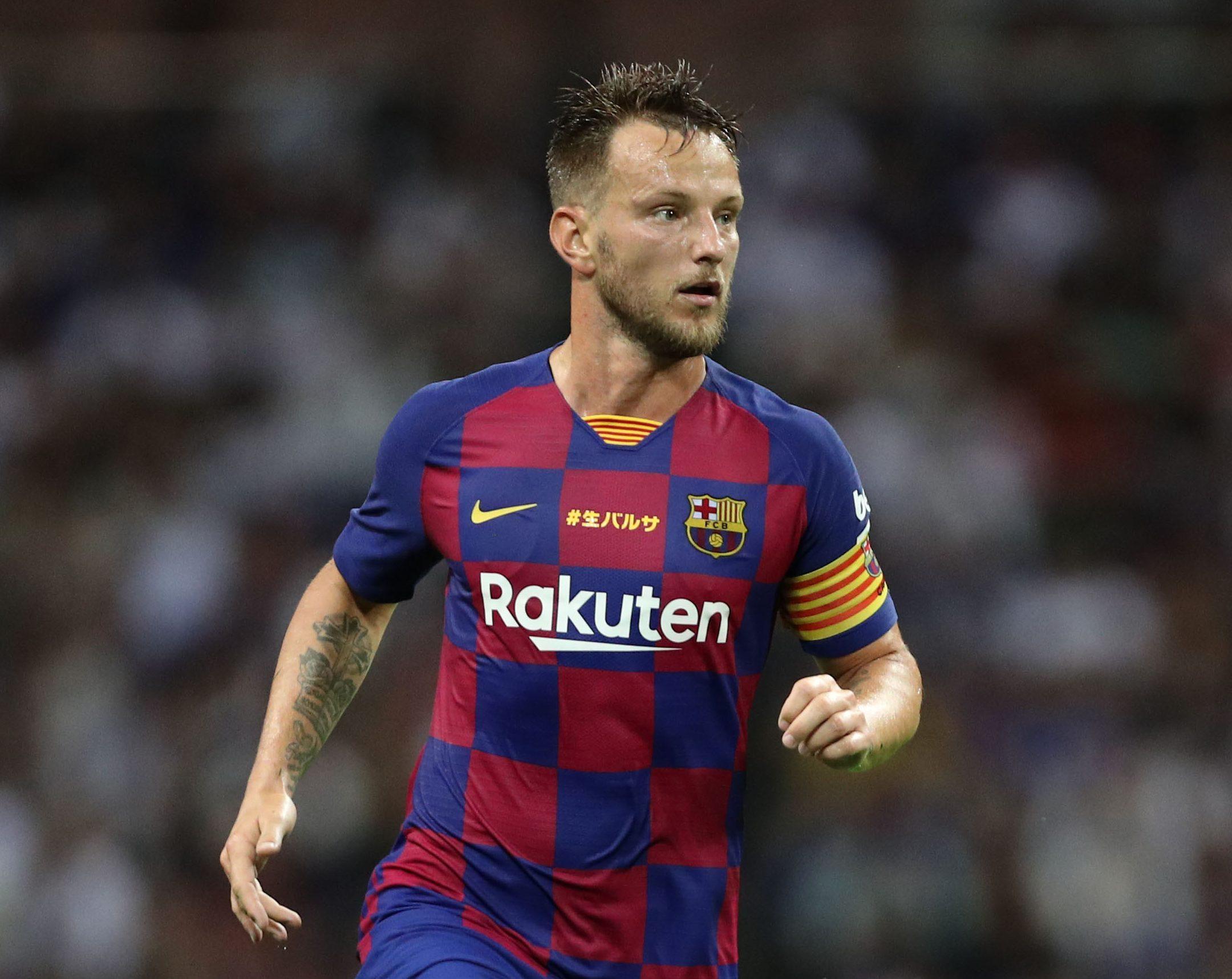 Man Utd receive Ivan Rakitic transfer boost as Croatian issues Barcelona quit threat - Bóng Đá